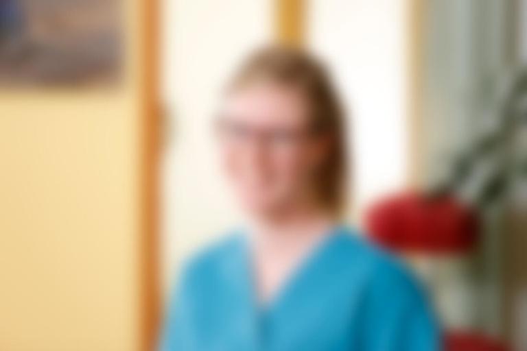 Zahnärzte Bordesholm - Angelika Abend - Team - sie